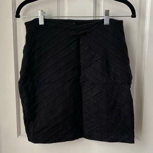 Elegant Stripped Pattern Skirt